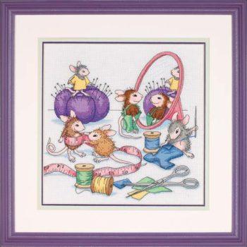 """13731 • Набор для вышивания крестом """"Швейные мышки"""" • """"Sew Busy"""" DIMENSIONS"""