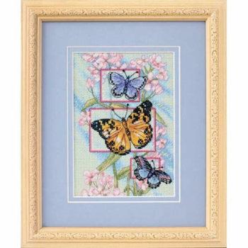 """65022 • Набор для вышивания крестом """"Бутоны и бабочки"""" • """"Blossoms and Butterflies"""" DIMENSIONS Gold Collection Petites"""