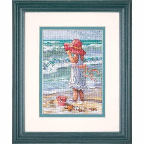 "65078 • Набор для вышивания крестом ""Девочка на пляже"" • ""Girl at the Beach"" DIMENSIONS Gold Collection Petites"