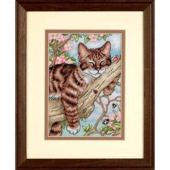 """65090 • Набор для вышивания крестом """"Дремлющий котенок"""" • """"Napping Kitten"""" DIMENSIONS Gold Collection Petites"""