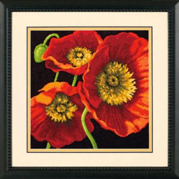 """71-20073 • Набор для вышивания гобеленом """"Красное маковое трио//Red Poppy Trio"""" DIMENSIONS"""