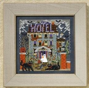 """Набор для вышивания """"Haunted Hotel • Отель с привидениями"""" Mill Hill MH148201"""