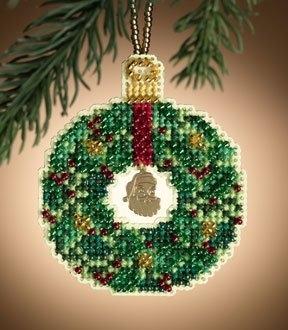 """Набор для вышивания """"Emerald Wreath • Изумрудный венок"""" Mill Hill MH161305"""