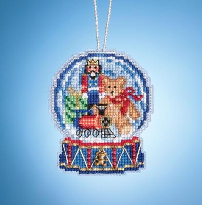 """Набор для вышивания """"Toy Shop Globe • Магазин игрушек Шар"""" Mill Hill MH161934"""