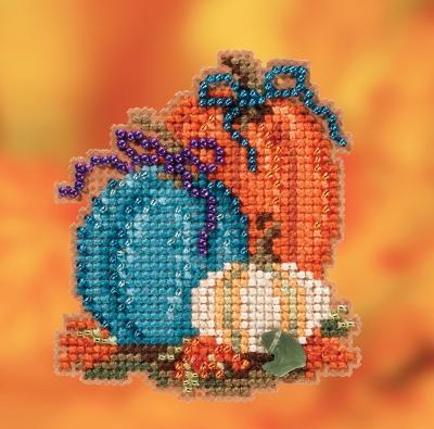 """Набор для вышивания """"Pumpkin Trio • Трио тыкв"""" Mill Hill MH182026"""